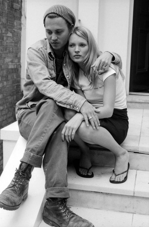 http://savekate.files.wordpress.com/2013/01/johnny-depp-and-kate-moss.jpg?w=590